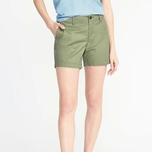 Mid-Rise Everyday Twill Shorts For Women